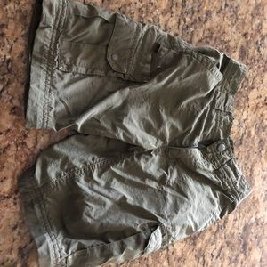 Classic light weight material cargo shorts